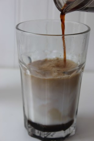 Starbucks Iced Cinnamon Dolce Latte