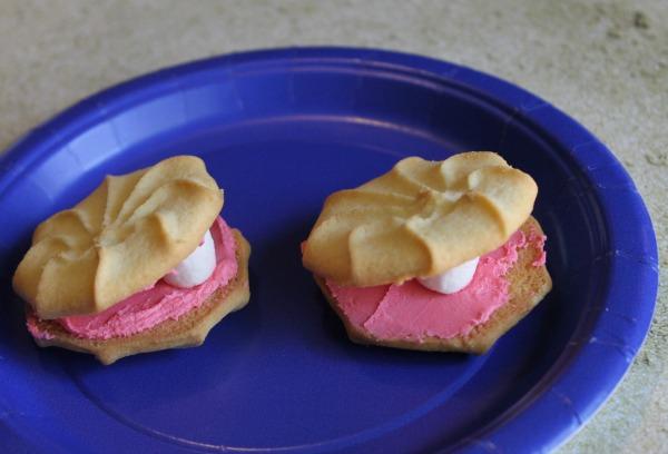 Mermaid Snacks: Pretty Pearl Cookies