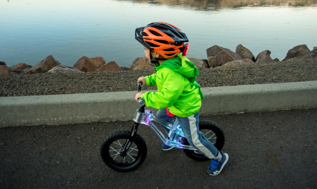 Kazam Blinki Kids Balance Bike W Led Lights 34 97 Reg